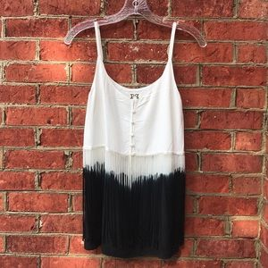 Adorable Black and White Ombre Fringe Button Tank